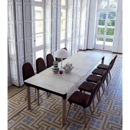 Table en Céramique sur verre ou Dekton pieds en bois ou métal pas cher sur Paris